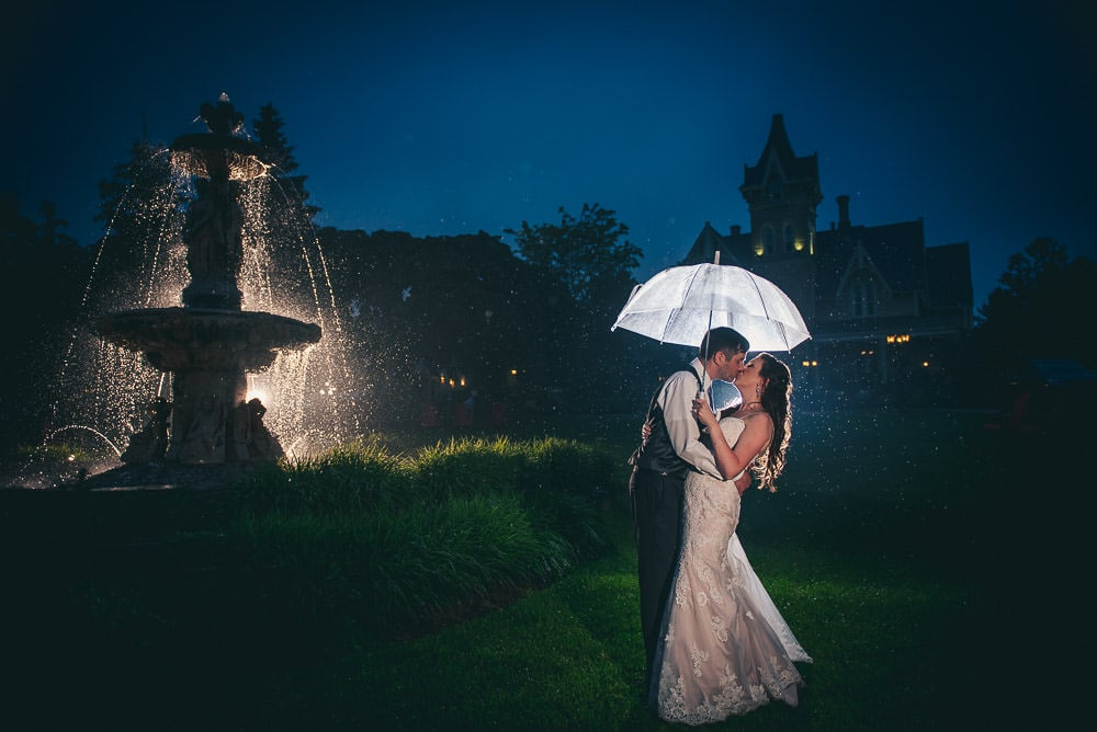 night time wedding photo in front of the Elmhurst Inn