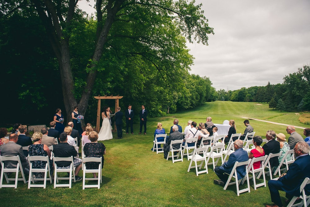 wedding ceremony at Mitchell Golf course