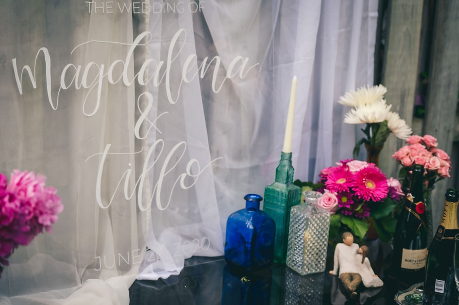 Covid-19 Couple Magdalena & Tillo: An Intimate Backyard Wedding in Kitchener, Ontario 4