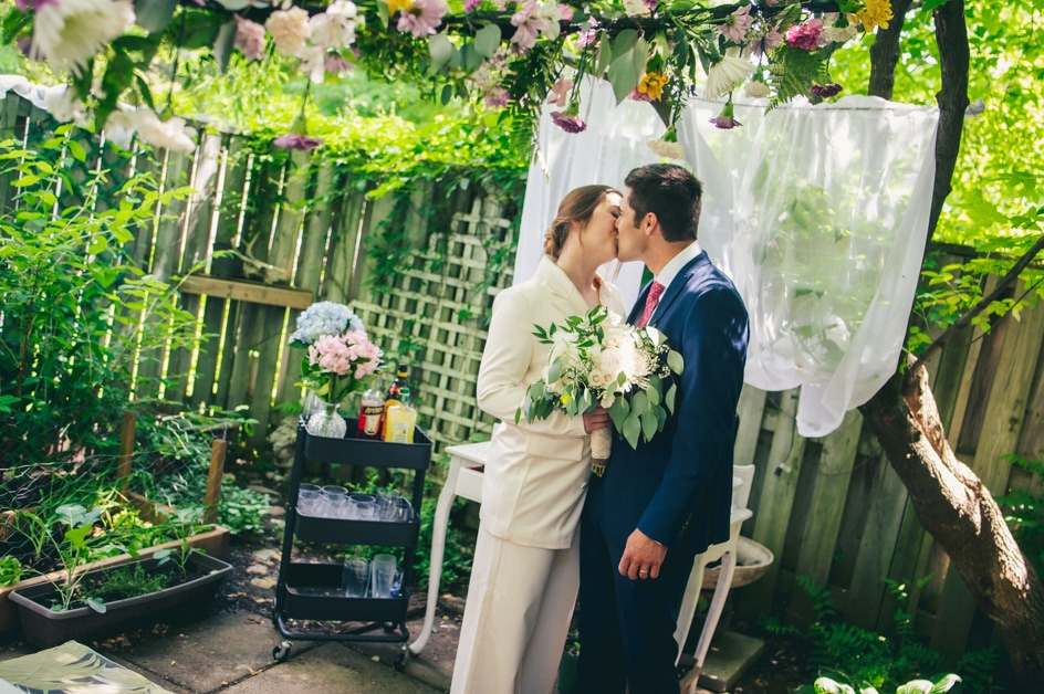 Covid-19 Couple Magdalena & Tillo: An Intimate Backyard Wedding in Kitchener, Ontario 9