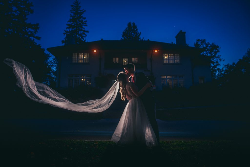 For Unforgettable Photos, Here's 3 Reasons Why You Should have an Evening Photoshoot at your Wedding 2