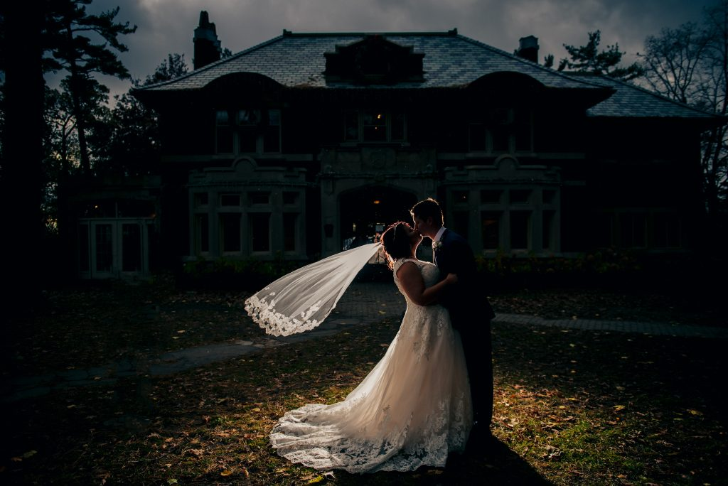 4 Reasons Why you Should Consider a November Wedding in Southwestern, Ontario 2